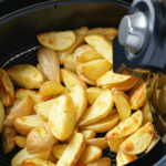 Homemade roasted potato wedges in the best air fryers of 2021